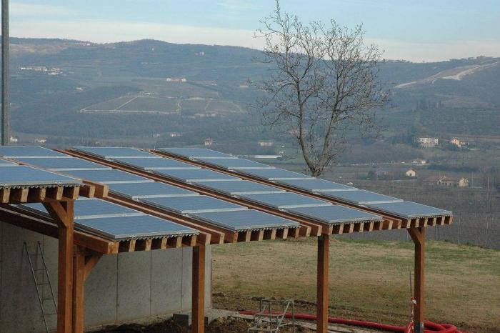 impianto fotovoltaico su veranda in legno