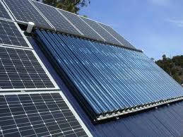 pannello solare termico e fotovoltaico
