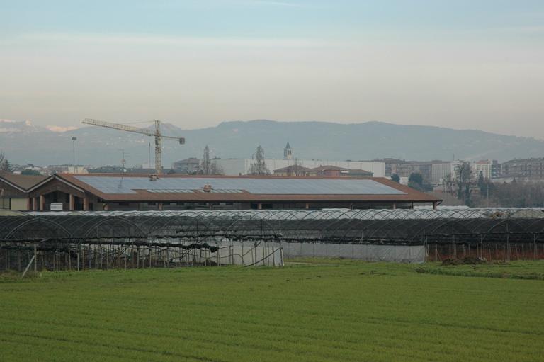 impianto fotovoltaico tetto serra