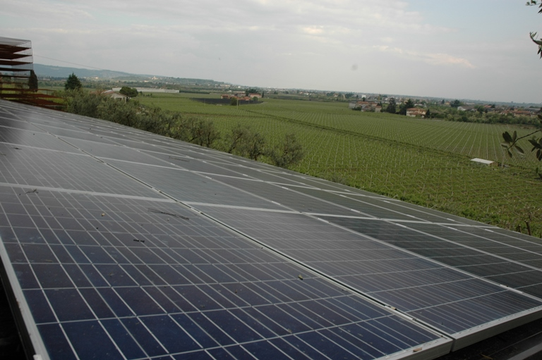 impianto fotovoltaico casa in campagna